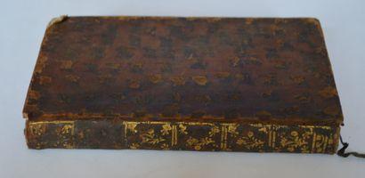 VOLTAIRE. Contes de Guillaume Vadé et autres pièces. Genève, 1764, reliure usée...