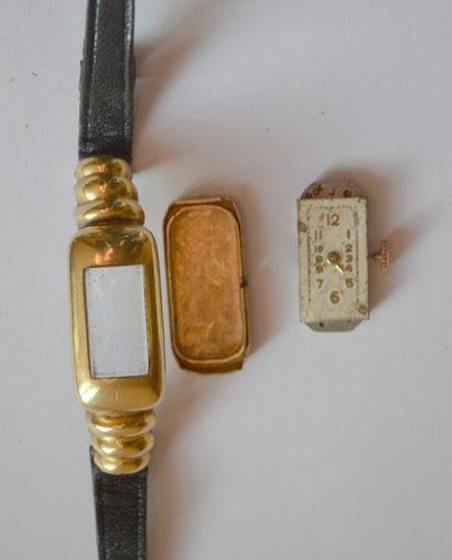 MONTRE de dame années 40 en or, bracelet...
