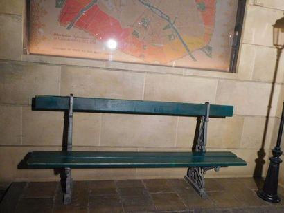 BANC urbain G.H.M. Sommevoire en bois peint...