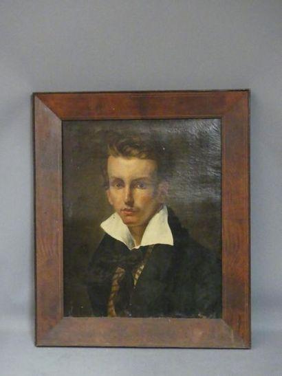 Ecole française du XIXème siècle. Portrait d'homme à la redingote