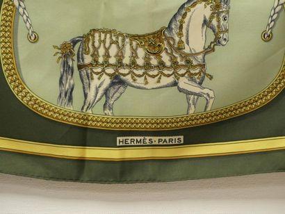 """HERMES. Grand apparat HERMES par Jacques Eudin. Carré de soie 'Grand Apparat"""". Dimensions..."""