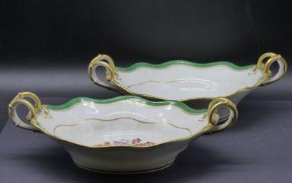 Porcelaine de Paris. Paire de coupes