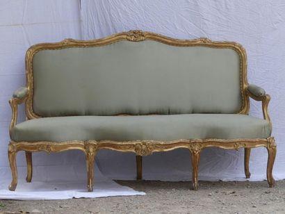 Grand canapé à chassis