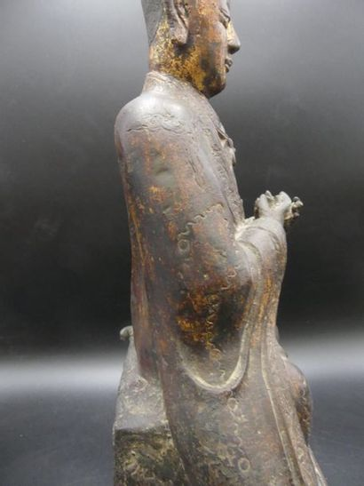 Statue de dignitaire en bronze laqué Statue de dignitaire en bronze laqué Chine,...