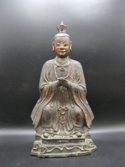 Statue de dignitaire en bronze laqué