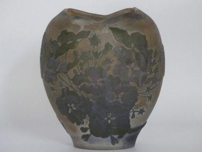 GALLE petit vase ovoïde à col rectangulaire
