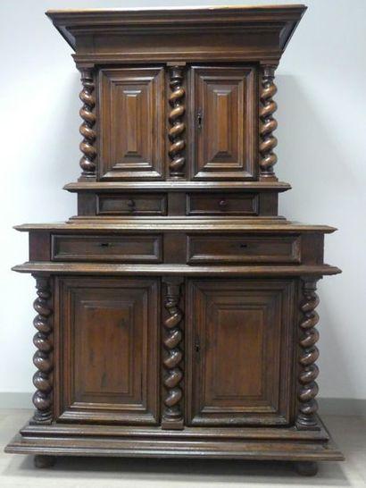 Cabinet. Epoque Louis XIII