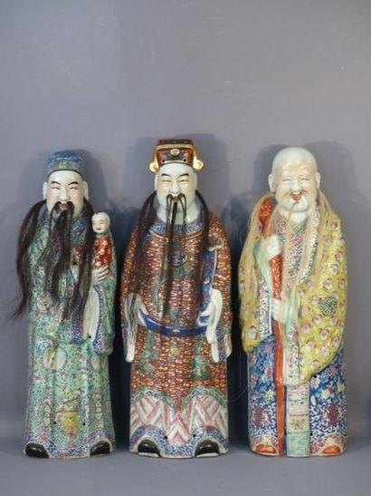 CHINE. Ensemble de trois statues d'immortels e