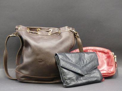 Réunion de deux sacs à main Jourdan et un sac Longchamp