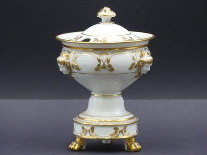 Sucrier en porcelaine blanche