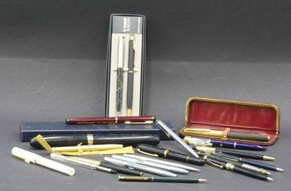 Réunion de stylos