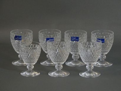 Réunion de huits verres en cristal, VILLEROY...