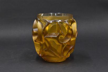 René LALIQUE (1860-1945). Vase