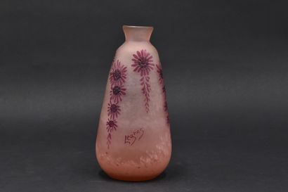LEGRAS. Vase ovoïde épaulé et petit col conique....