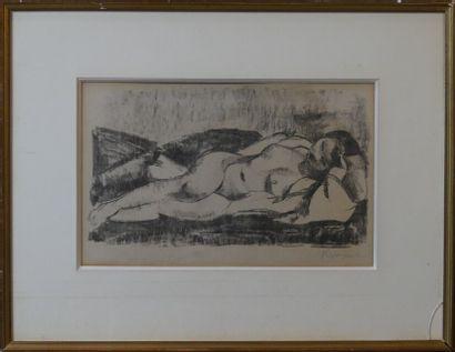 Charles KVAPIL (1884-1957), Femme nue sur un divan