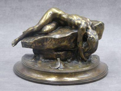 Alexandre CHARPENTIER (1856-1909), Encrier en bronze.