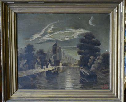 Paysage d'un canal avec bateaux.