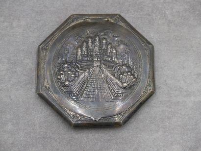 INDE. Miroir de poche octogonal en argent...
