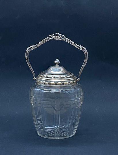 Pot couvert en verre garvé et métal argenté....