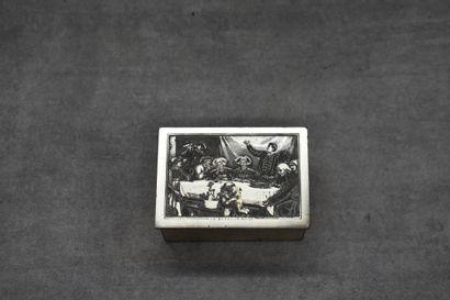 Boîte rectangulaire en bronze argenté ouvrant...