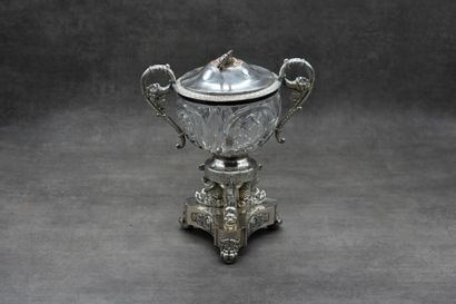 Confiturier tripode en métal argenté et cristal...