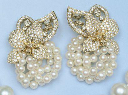 Magnifique paire de boucles d'oreilles en...