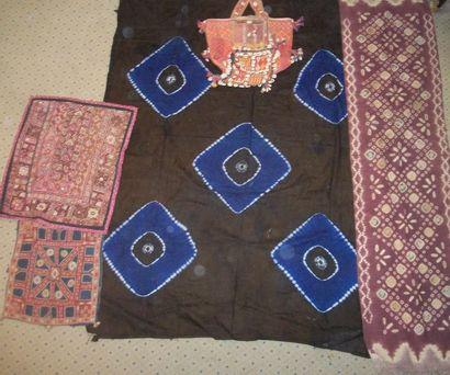 Devant d'autel, Tibet, satin violet broché...