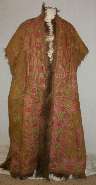 Manteau, Afghanistan, peau brune brodée en...