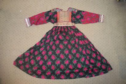 Robe, Afghanistan, étamine de laine noire...