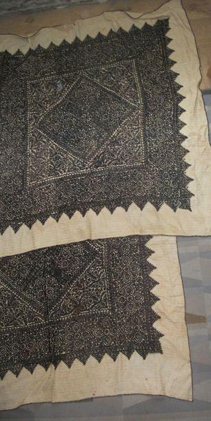 Paire de carrés ou rzma, Maroc, Fès, coton...