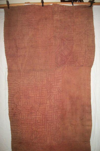 Ntschak, Kuba, Congo raphia teint en rouge,...