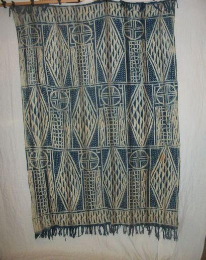 Ndop ou manteau de roi Bamileke, Cameroun,...