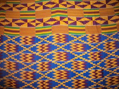 Kente, Ghana, tissage Ewe à bandes, fond...