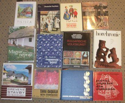 Réunion d'une douzaine de livres sur l'Europe...