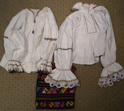 Deux chemises et un sac, Mara Muresh, Roumanie,...