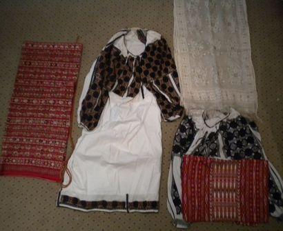 Robe, chemise, tablier et voile, Roumanie,...