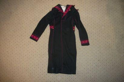 Manteau, Roumanie, drap de laine noir, orné...
