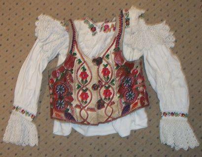 Chemise et gilet, Roumanie, Mara Muresh,...