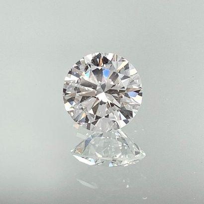 DIAMANT taille brillant pesant 2,40 carats....