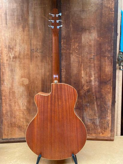 Seagull M series MJ M6 CW folk electro acoustic guitar coupe pan coupe  Serial...