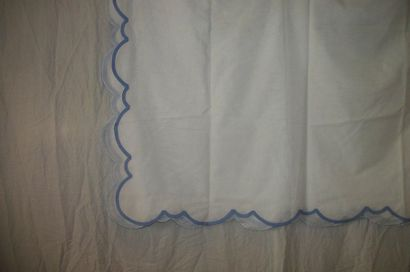 Nappe, maison Porthault, voile de coton blanc...