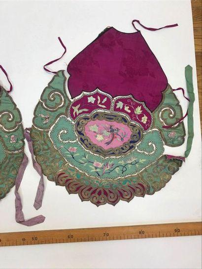 Deux Eléments de vêtement, Chine, dynastie...