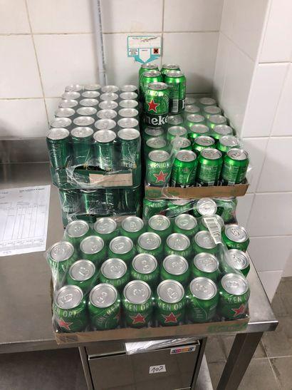 Petit lot de cannettes de bières, coca, perrier,...