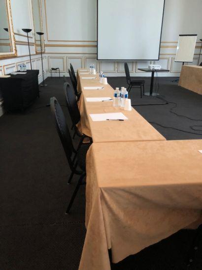 Lot de 12 tables