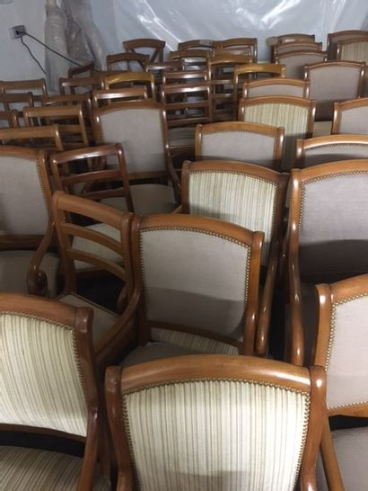 28 chaises barrettes