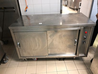 Refrigerated tower with 2 FORCAR doors and a double-sided stainless steel cabin...