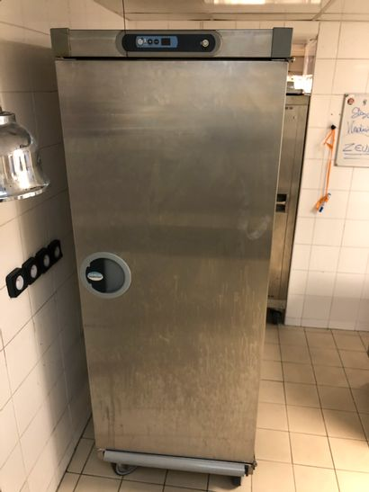 Hot Cupboard TOURNUS 190x68x85cm