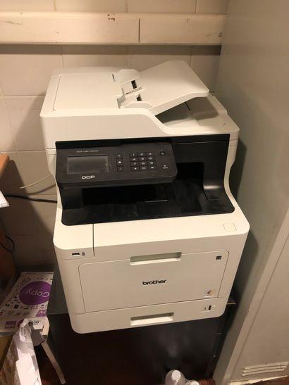 Ecran SAMSUNG + Imprimante Brother DCP L...