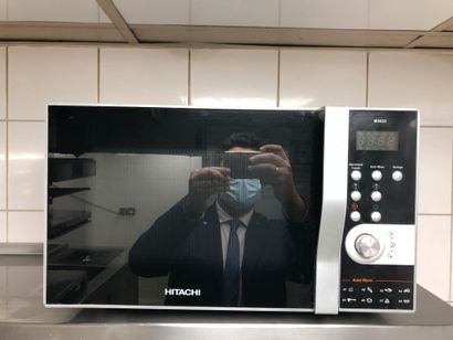 HITACHI and microwave ovens