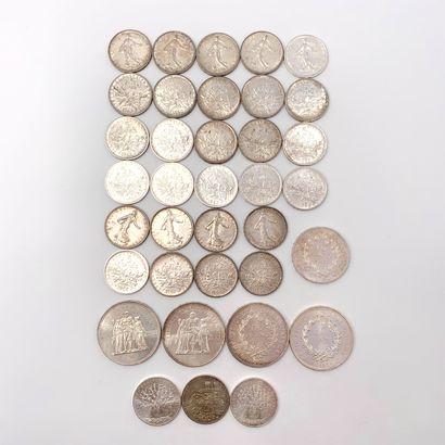 LOT de pièces en argent (900‰) comprenant...